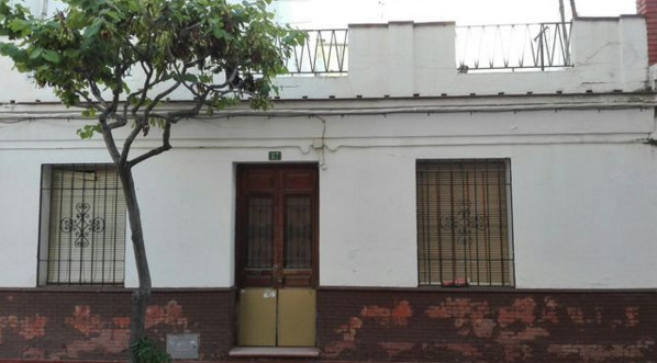 A great opportunity to acquire this original fishermans cottage in the centre of Fuengirola.  Rapidl,Spain