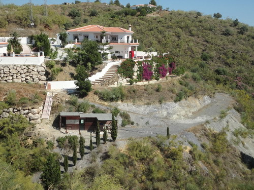 Wonderful Land-Villa with spectacular mountain views, indep. furnished Guest apartment (54m2) � perf, Spain