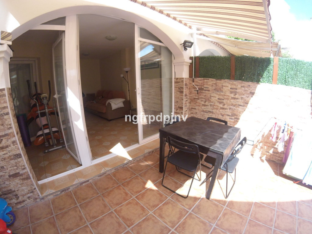 Magnificent apartment in a residential area  with 3 bedrooms, bathroom, kitchen, living room, utilit,Spain