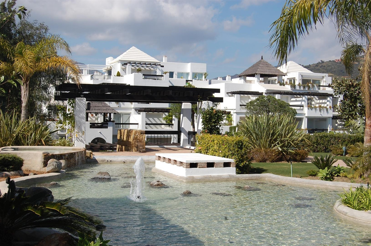 Luxurious south facing apartment situated in a magnificent complex belonging to a popular hotel, onl,Spain