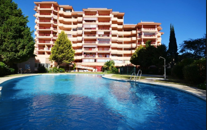 Great 2 bedroom apartment located in the lower part of Torreblanca, Fuengirola 5 min walk to beach, ,Spain
