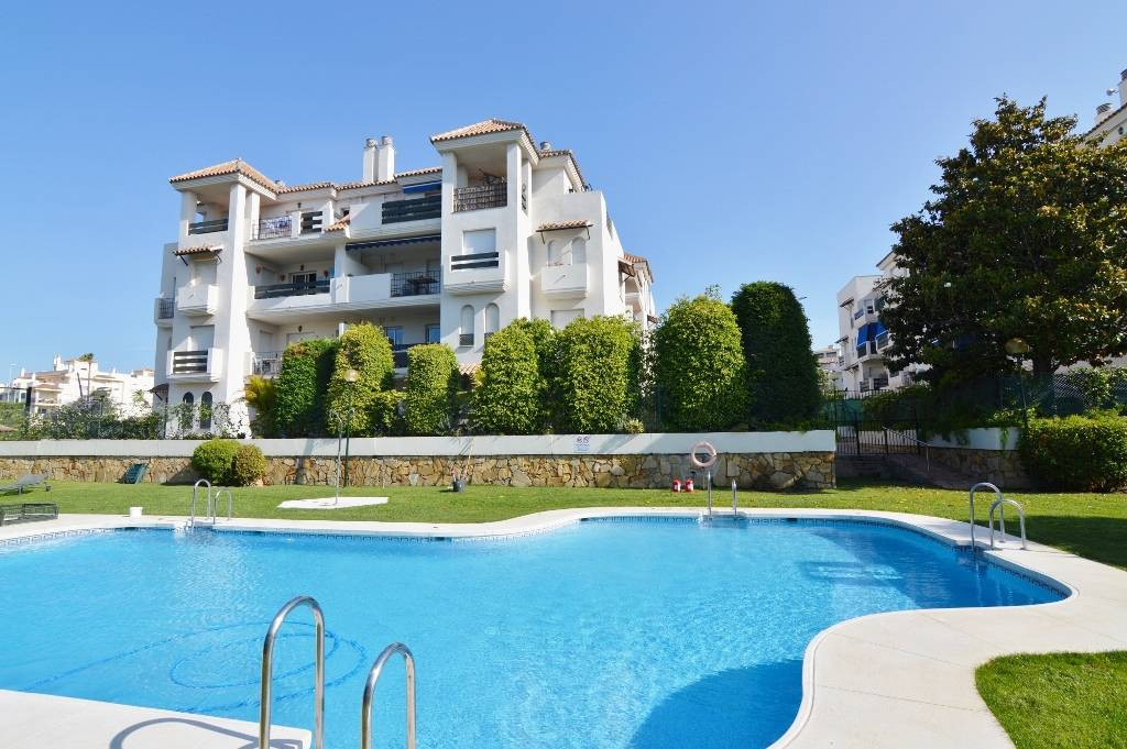 Fantastic opportunity!... One bedroom apartment walking distance to Puerto Banus.  Currently is rent, Spain