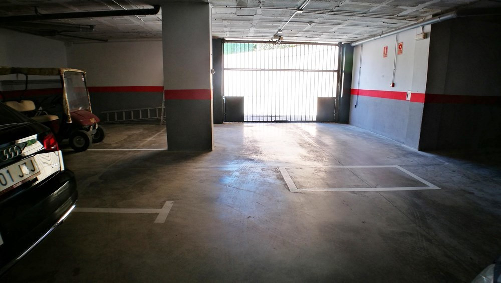 Parking place for sale at the entrance of the Port of La Duquesa at a fantastic price!,Spain