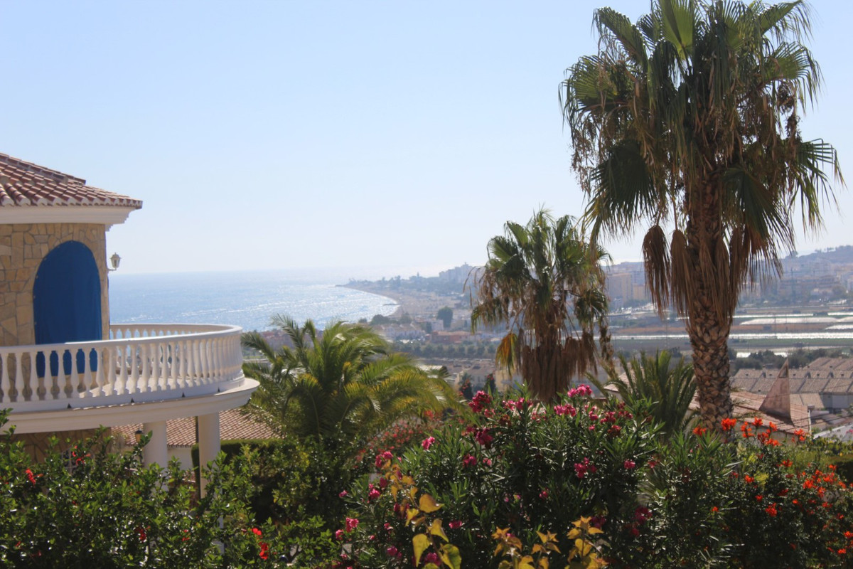 Just 800 metres from the beach, wonderful view to the sea and the mountains, it consists of a spacio, Spain