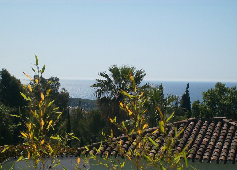 ONE OF THE LAST PLOTS FOR SALE IN THE GOLDEN MILE, BETWEEN MARBELLA AND PUERTO BANUS, URBANIZACION L, Spain