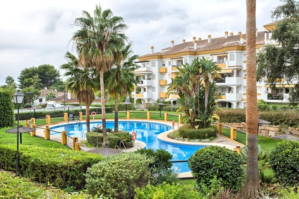 Great value for money!  3 bedroom 2 bathroom apartment in Nagueles (Marbella) with private garden an, Spain