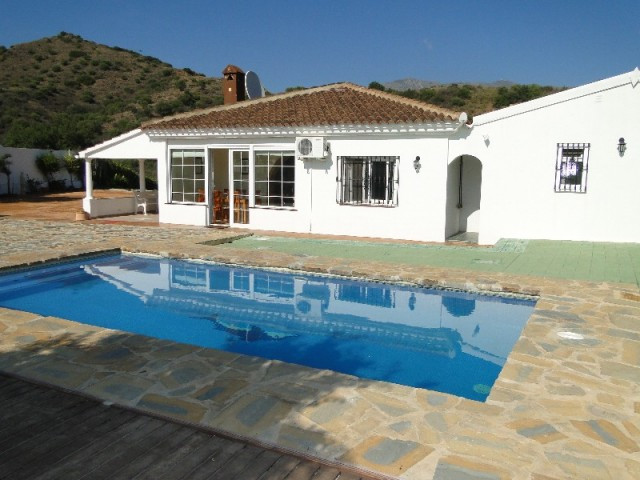 MODERN SINGLE STOREY 3 BEDROOM FINCA ONLY 8 MINS BY CAR TO LA CALA. SITUATED JUST OFF THE CAMINO DE , Spain