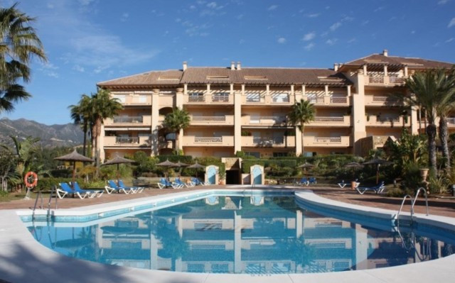 IMMACULATELY PRESENTED AND WELL APPOINTED GARDEN APARTMENT SITUATED WITHIN WALKING DISTANCE OF THE E,Spain