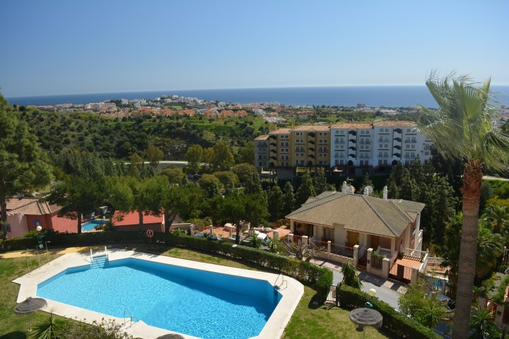 FOR SALE; BEAUTIFUL DUPLEX PENTHOUSE WITH 3 BEDROOM AND PANORAMIC VIEWS, IN CALAHONDA, MIJAS-COSTA. , Spain