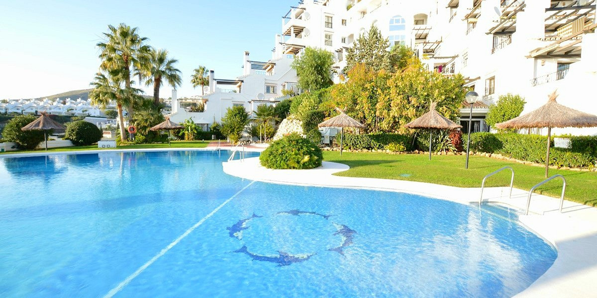 MUST SEE!! STUNNING 2 BEDROOM, 2 BATHROOM APARTMENT, SOUTH WEST FACING WITHIN WALKING DISTANCE TO AL, Spain
