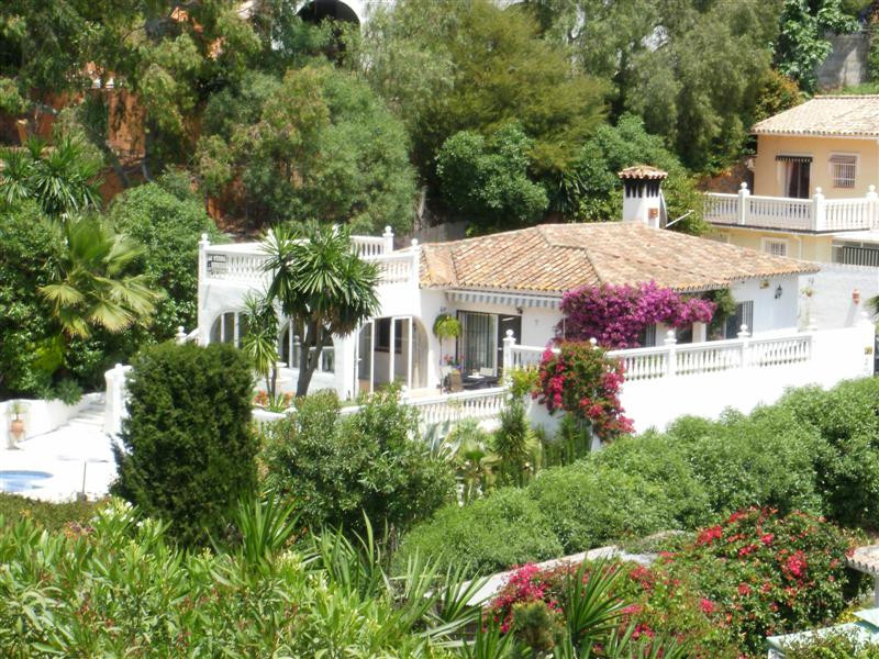 A totally reformed, immaculate and secluded 3 bedroom villa on one level in Campo Mijas with a gated,Spain