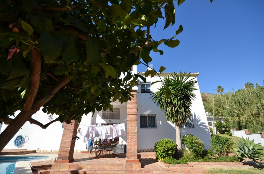 This beautiful villa with a private pool and a garden is situated in a private urbanization Torremar,Spain
