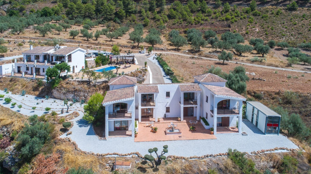 NEW REDUCTION TO 995.000€!!! AN UNIQUE AND INDIVIDUAL OPPORTUNITY!!  Presenting a simply wonderful r, Spain