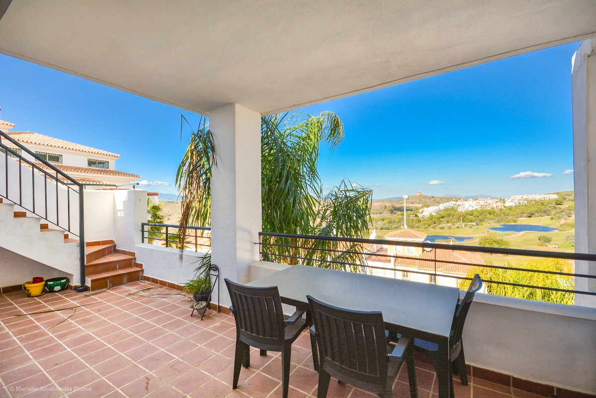 Beautiful Penthouse in Alhaurin Golf with large solarium overlooking the golf course..  It is distri,Spain