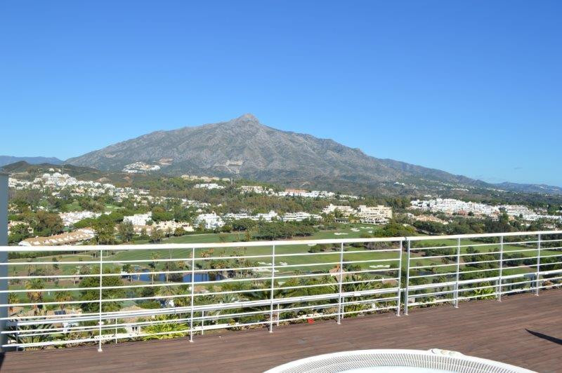 **VIEWING ESSENTIAL ** New to the market.  An exceptional penthouse apartment, with private lift acc,Spain