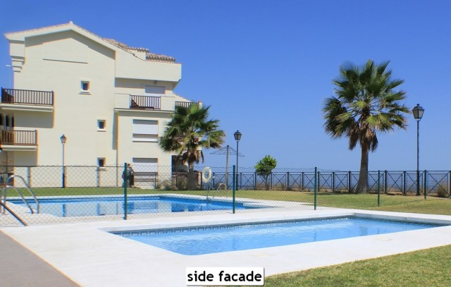 Fantastic 2 beds front line beach with an absolute unbeatable stunning seaview. It is a corner unit.,Spain