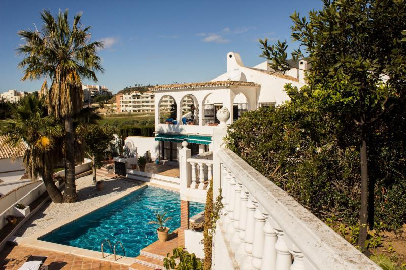 AA120  we have a stunning and spacious traditionally designed Spanish Villa. Located on its own, qui,Spain
