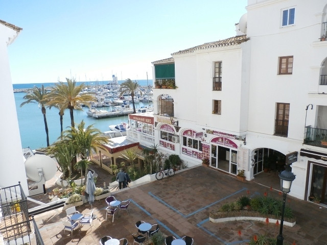 Lovely marina side views and a perfect orientation for afternoon sun, this apartment is the ideal ho, Spain