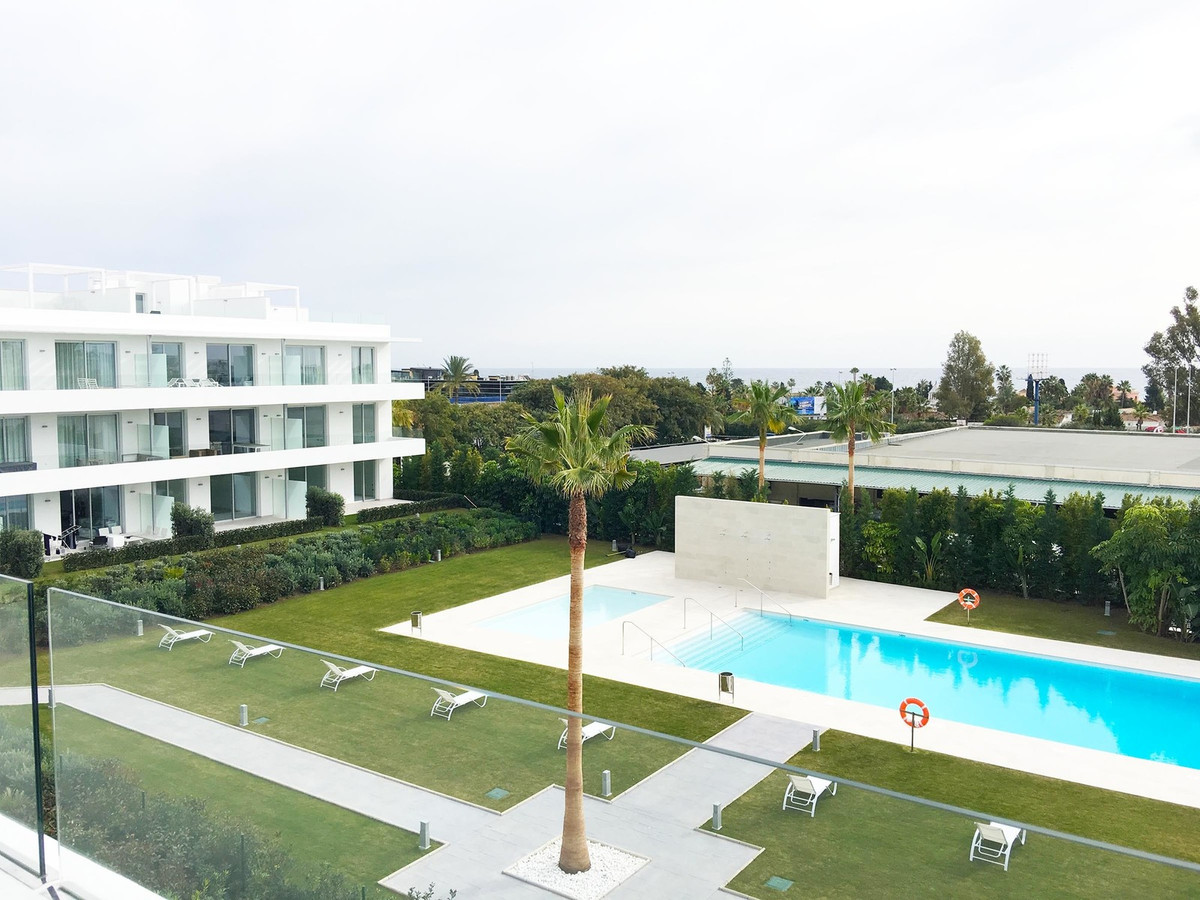 Beautiful duplex penthouse with 3 bedrooms with the sea views in the newly built urbanization in the,Spain