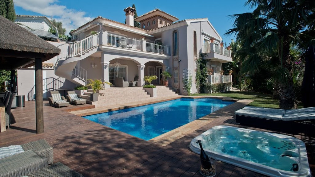In Marbella in one of the reserved and exclusive areas, a villa with stunning sea views.The magnific,Spain