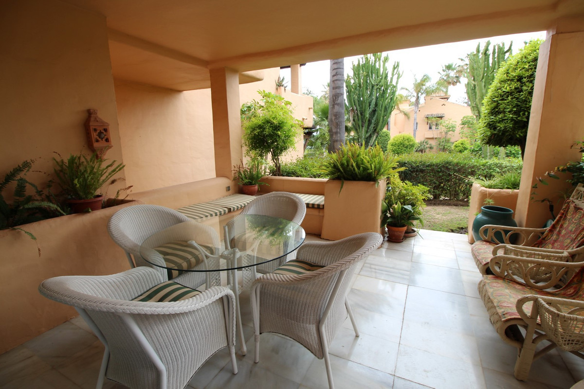 Beautiful house in a great location on the beach !!!!! A three-storey house located in a residential,Spain