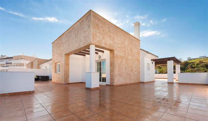 70% DISCOUNT for these quality golf front Penthouses with massive terrace (100m2 +++) with stunning ,Spain