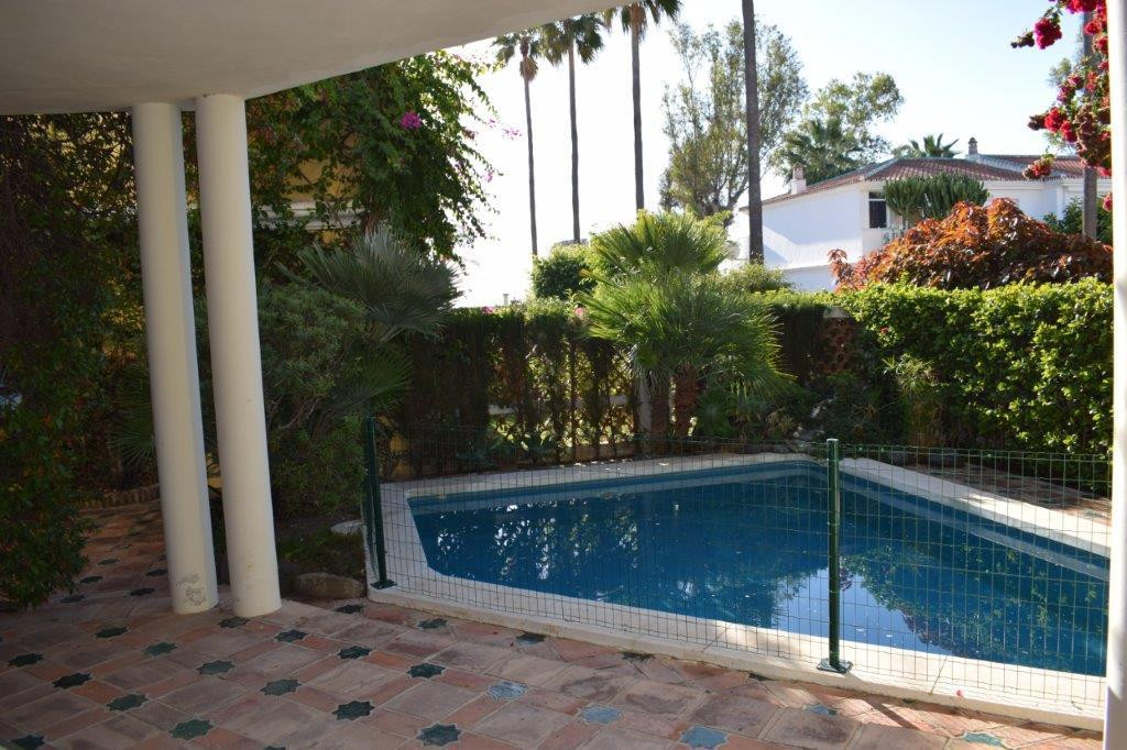 - Semi detached villa in Guadalmina Baja -  It is the only villa located in a complex of 54 terraced,Spain