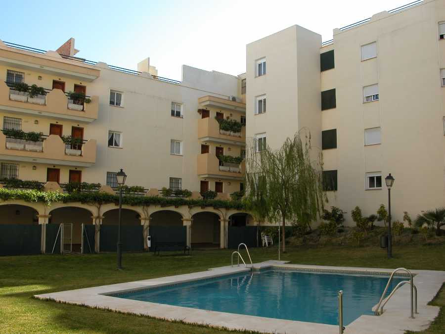 Originally listed for 270.000€ and recently reduced to 199,000€.  Centrally located 3 bedroom apartm,Spain