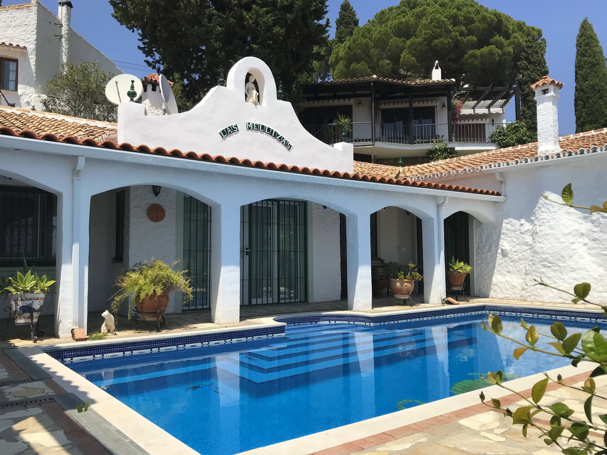 IMMACULATE BUNGALOW VILLA located near Mijas Pueblo is south facing with partial sea views. It has 3,Spain