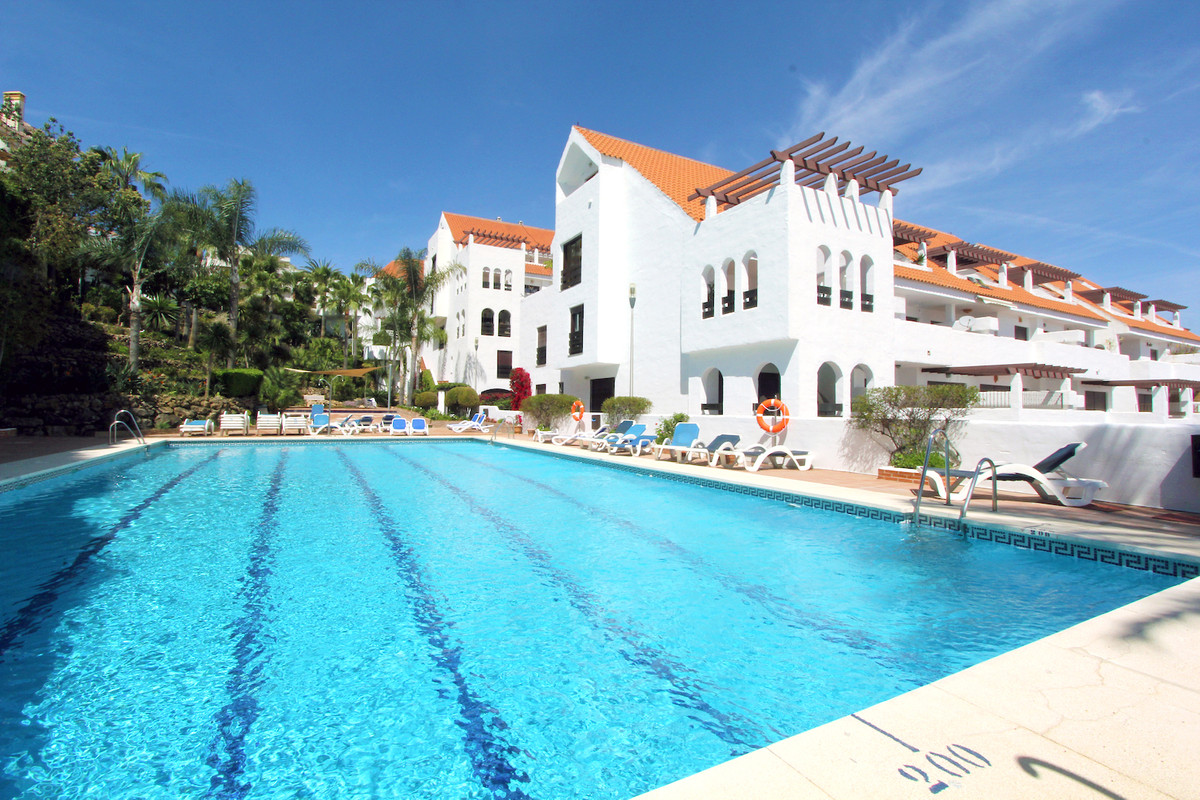 Cheapest three bedroom apartment in the complex. This beautiful 3 bedroom ground floor duplex has be,Spain