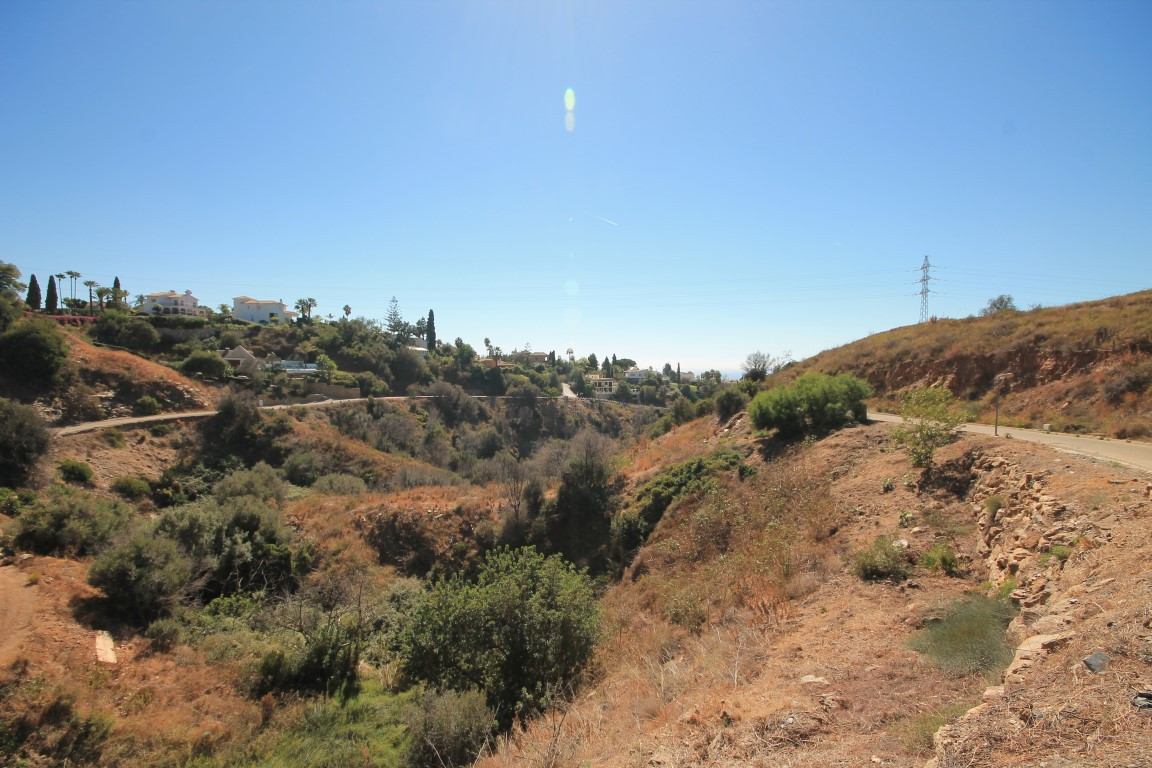 Good residential Plot of 1.230m2 , with 33% buildable area ratio,  located in El Rosario, 5-6 minute,Spain