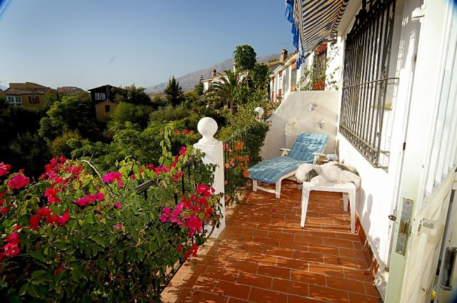 Fabulous townhouse located in Mijas Costa in the well known area of Campo Mijas only minutes to all , Spain