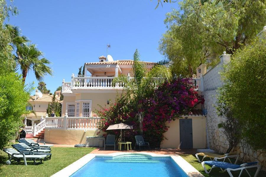 Large, detached villa in, Torrenueva. Price 589.000 € This villa is wonderful and a must be seen! It,Spain