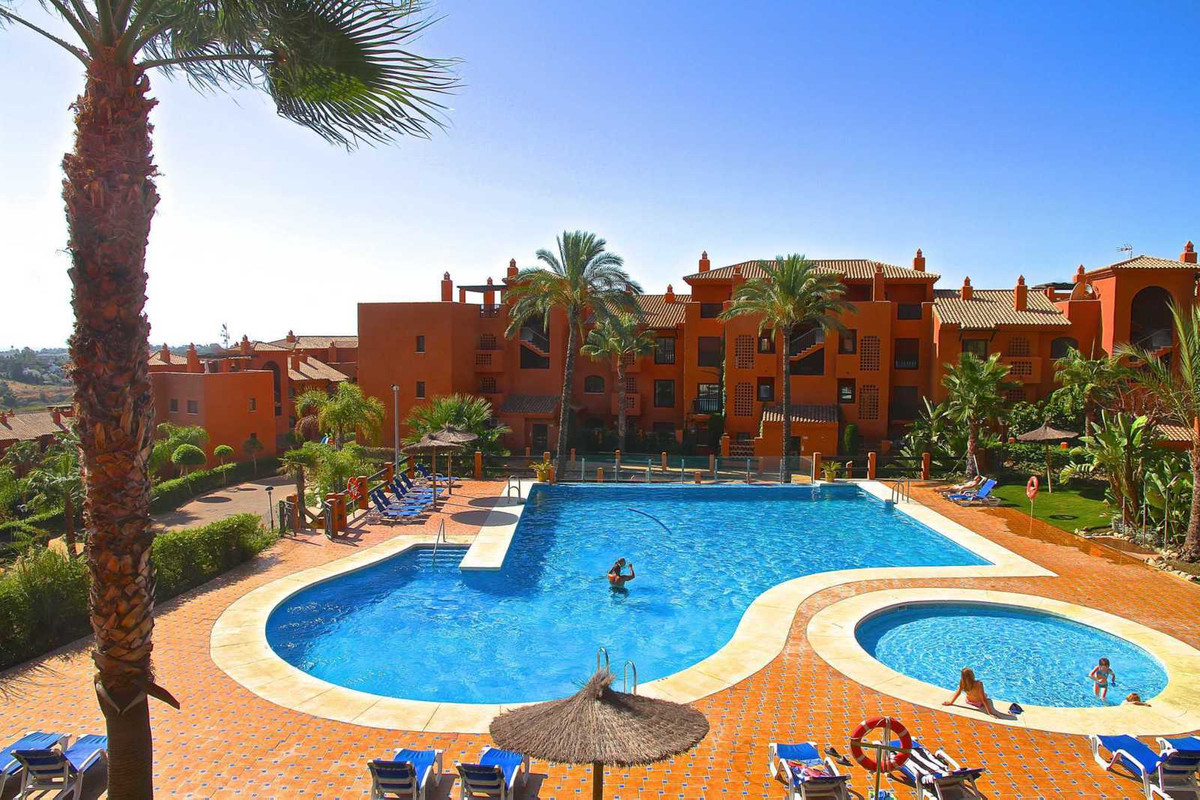 This beautiful apartment is located in Gazul del Sol. The complex is built in a traditional Andalusi,Spain