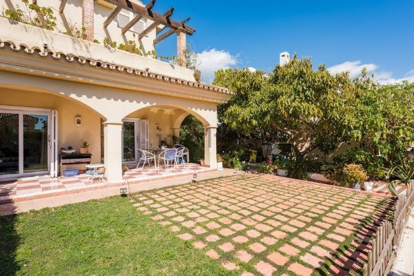 Wide paired in Marbella urban area. Important to note that this house is located in a quiet and comf,Spain