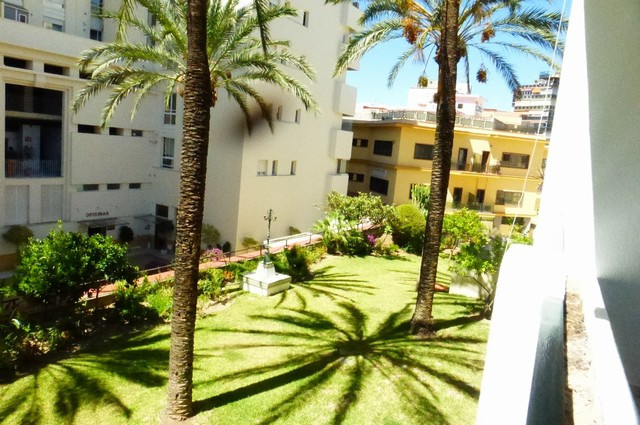 Located in Marbella�s centre. Just an a few minutes walking from the beach and close to all kind of ,Spain