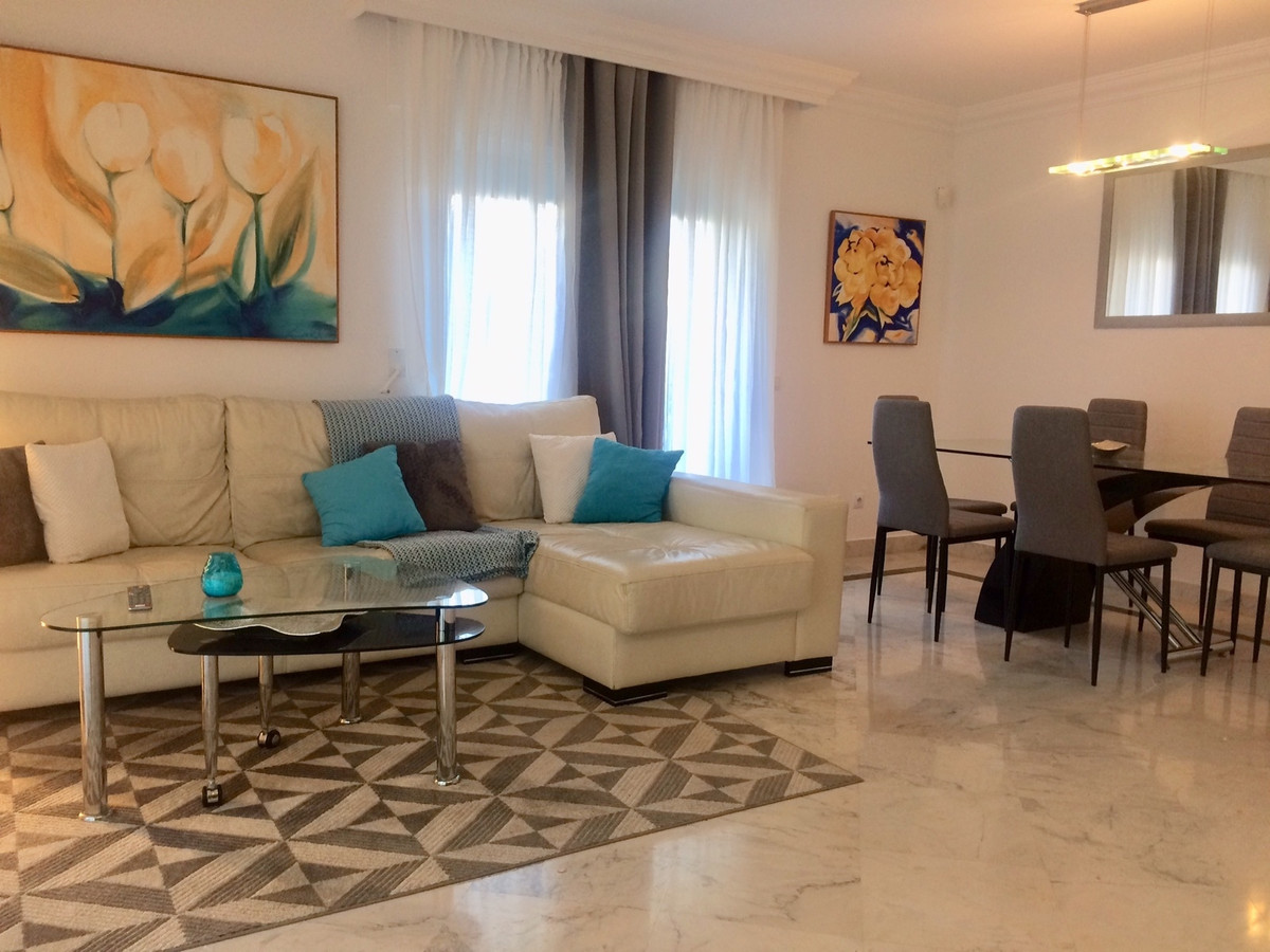 Fantastic vacation place - a corner apartment on higher floor, situated in a very convenient locatio,Spain