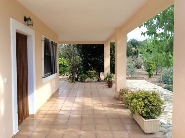Charming and quality 3 bedroom Finca, all on one floor and on flat land, Alicante.  Finca renovated , Spain