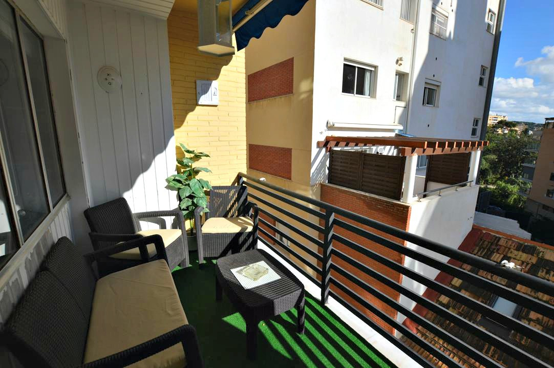 SPACIOUS APARTMENT WITH EAST-FACING TERRACE IN PASEO REDING  In an unbeatable location, being only s,Spain