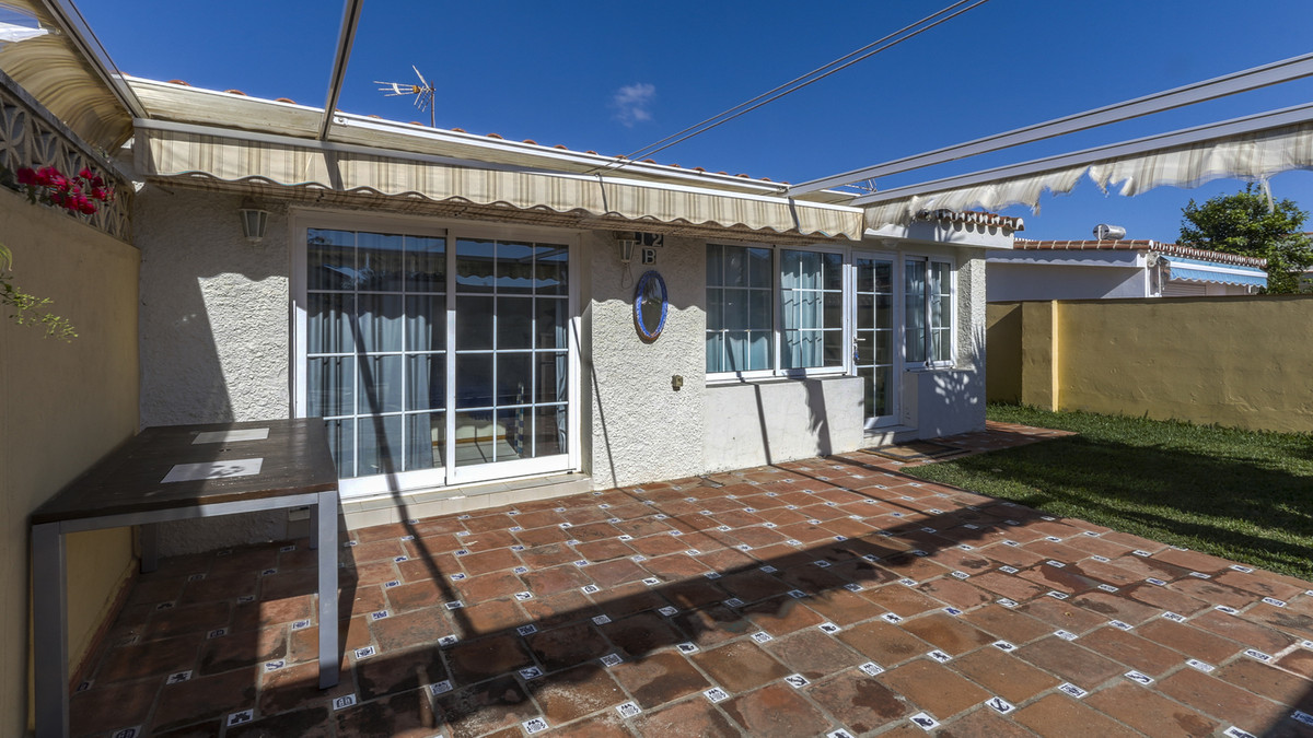 This One level Bungalow consisting of 3 bedrooms and 2 bathrooms , one of the bedrooms is ensuite ; ,Spain