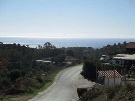 DEVELOPMENT OPPORTUNITY.  Plot of land in La Roza which is located just 1.25km from the beaches, sho,Spain