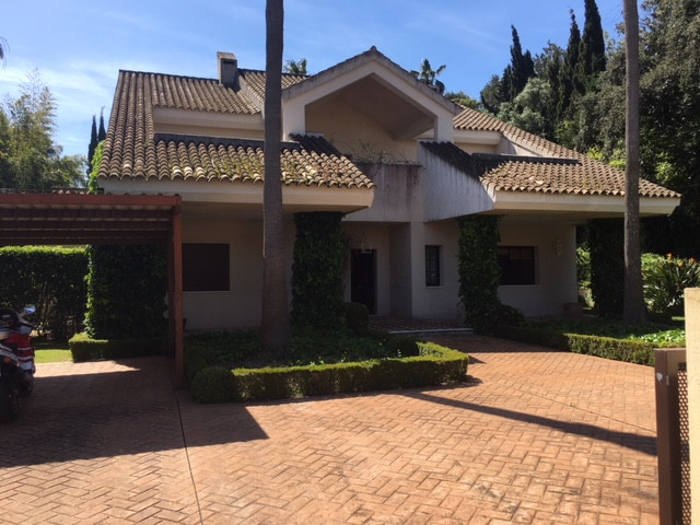 Spectacular Villa in Sotogrande. Plot of 1476m2 and built 579m2. Villa with private pool and beautif,Spain