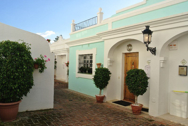 West facing townhouse, new build roof terrace with fantastic views. Situated in the Andalusian compl, Spain
