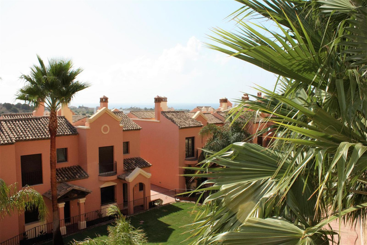 This is an exceptional residential complex of 40 bright and spacious townhouses, with living space s,Spain