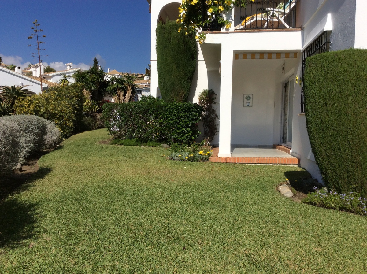 Beautifully Appointed turn key condition 2 Bedroom 2 Bathroom Ground Floor Apartment within the Excl,Spain