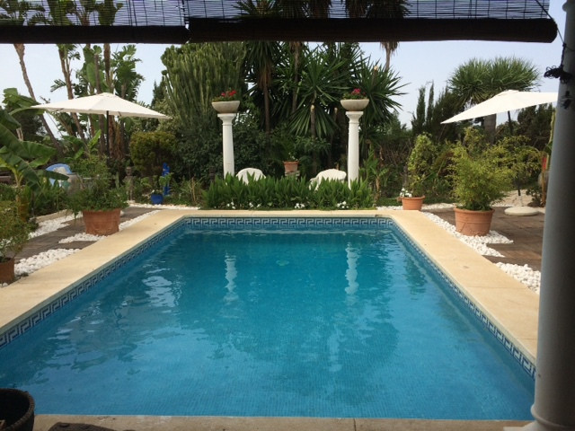 Impressive style Balinese Villa with 15 bedrooms. Perfect for investors.  Fantastic opportunity to p,Spain
