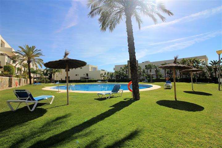 Fantastic opportunity for living in a calm zone surrounded by nature. The apartment consists of 2 ro, Spain