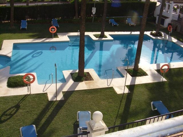Great two bedroom, 2 bathroom apartment in the very demanded Marina Real complex. The urbanisation h,Spain