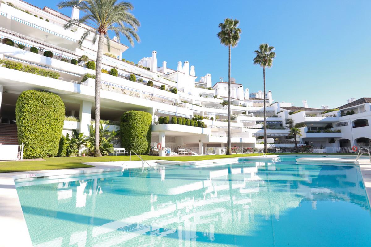 Middle Floor Apartment, Rio Real, Costa del Sol. 2 Bedrooms, 2 Bathrooms, Built 130 m², Terrace 20 m,Spain