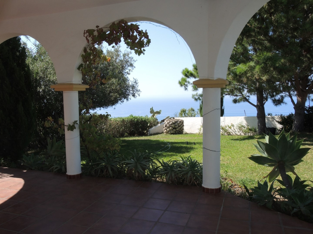 Wonderful villa in Torrox with nice views   This villa has marvelous sights to the sea, the mountain,Spain